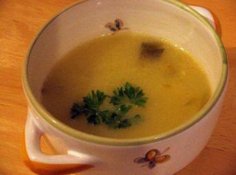 recettes potages et soupes soupe pommes de terre et mini poireaux. Black Bedroom Furniture Sets. Home Design Ideas