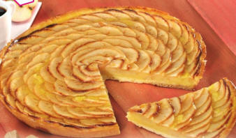 recettes desserts tarte aux pommes la cr me. Black Bedroom Furniture Sets. Home Design Ideas